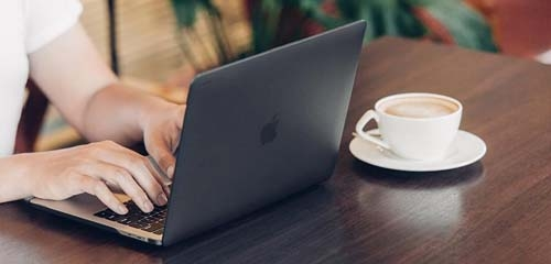 Apple MacBook Air 13 inch Retina Hoes ontwerpen